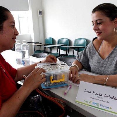 Emprendedores de Manizales reciben asesoría en sus ideas de negocio