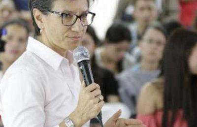Claudia López raja la educación en 4 puntos
