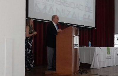 El ex magistrado Nilson Pinilla y el ex procurador Jaime Bernal Cuellar, opinaron en Manizales sobre la aspiración de Timochenko a la Presidencia