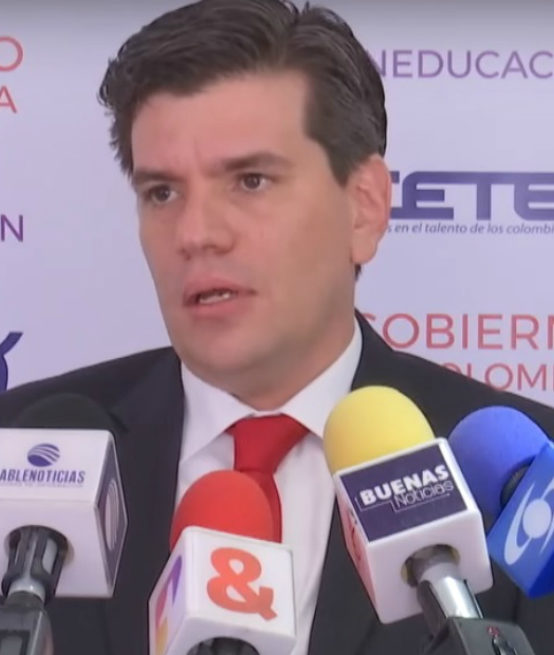 Presidente del Icetex dice que becas se están perdiendo porque no hay aplicantes